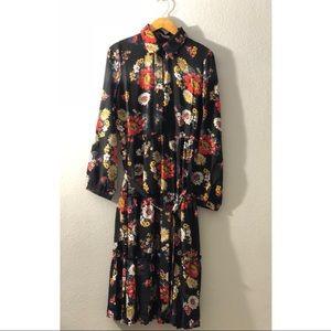 Dresses & Skirts - Vintage floral ruffle dress